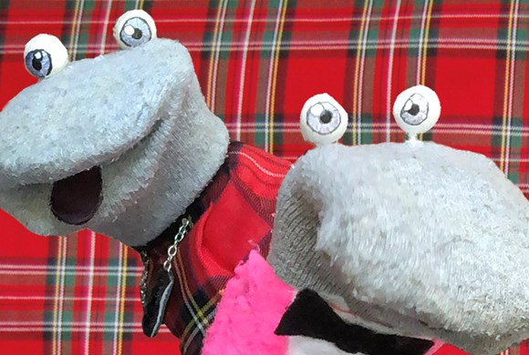 Scottish Falsetto Sock Puppet Theatre – The Fingers Crossed Tour
