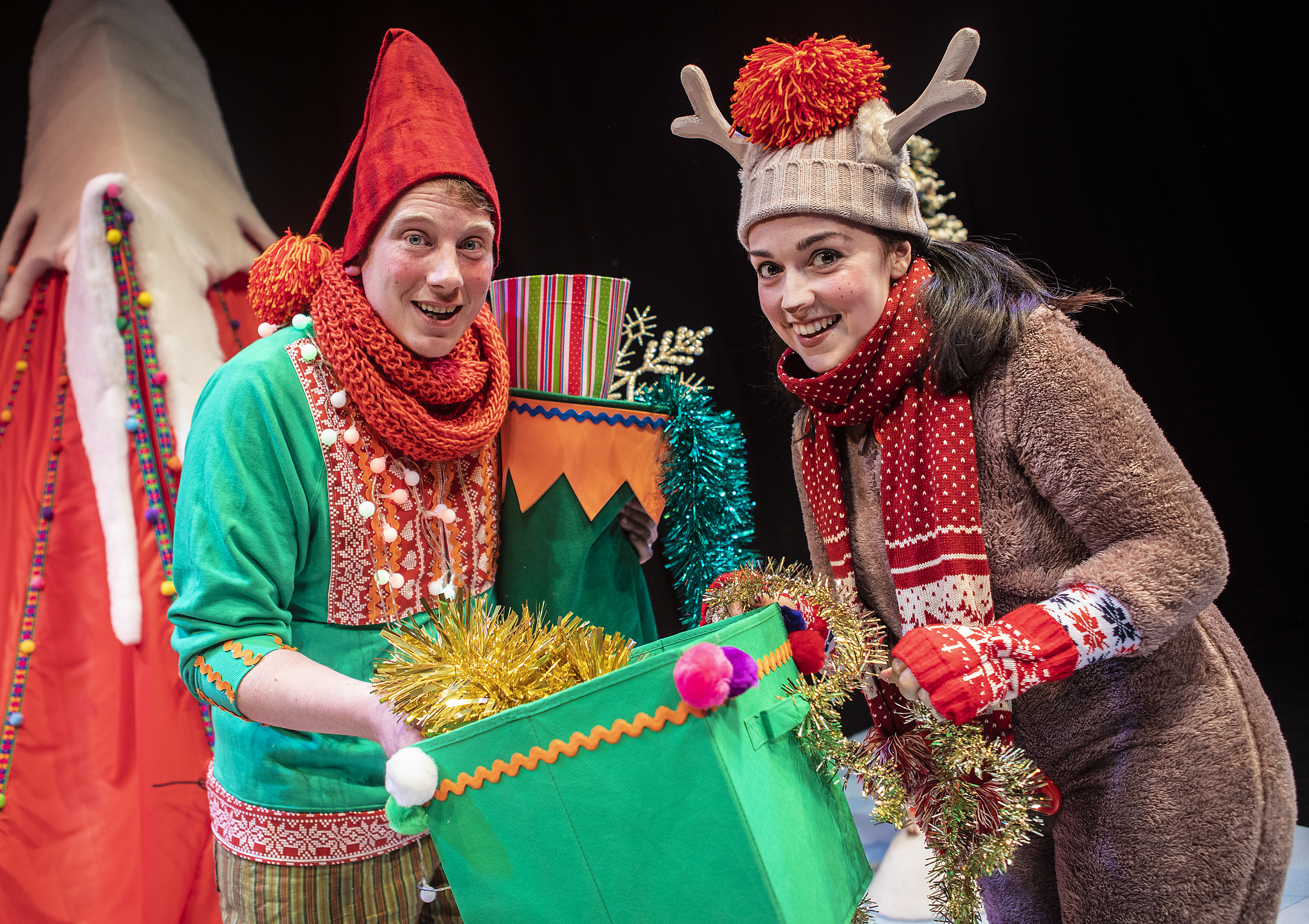 004_Elf and Reindeer's Christmas Cracker_Pamela Raith Photography