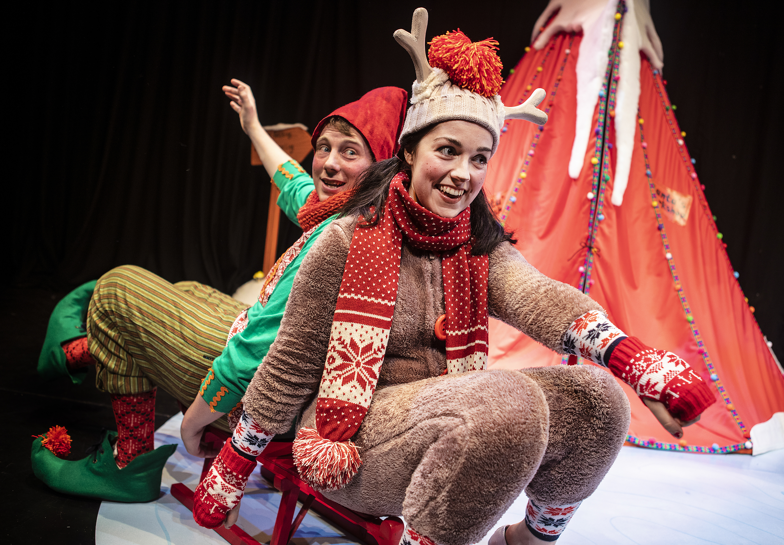 010_Elf and Reindeer's Christmas Cracker_Pamela Raith Photography